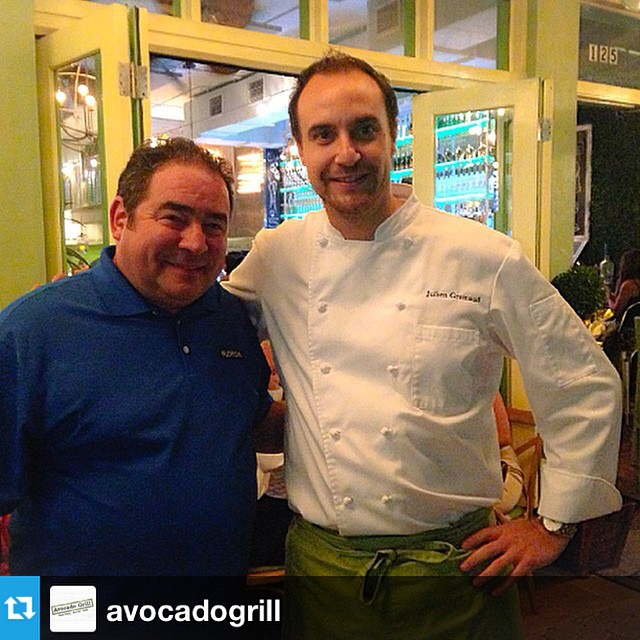 Celebrity Chef @emeril stopped by #DowntownWPB last night to enjoy the fresh artisanal cuisine at @avocadogrill! --- What an honor to have Emeril Legasse at Avocado Grill last night!! #EmerilLegasse #Food #Culinary #ChefLife #Florida #WestPalmBeach