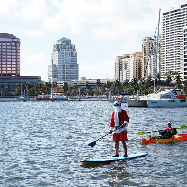 Day 12 of #31daysindowntownwpb: Head to #DowntownWPB for tonight's Screen on the Green double feature of Merry Madagascar and Home Alone. Plus, Santa will be making a special appearance from 6:30 to 8:30pm! http://bit.ly/31DaysWPB #tgif #ilovewpb
