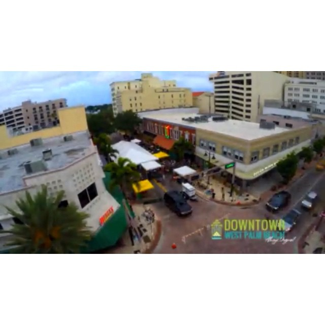 #FlashbackFriday It was only last week but how cool is this! Keep your eyes on the clouds… ?☁️☁️☁️ Watch longer version on our YouTube Page: DowntownWPB. #downtownwpb #ilovewpb #Grapeseeker #DayToNight #timelapse #clematis #clematisstreet